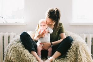 Dental care tips for breastfeeding mothers